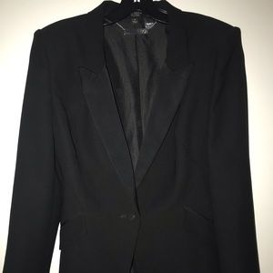 Tracee Ellis Ross Black Tuxedo Jacket